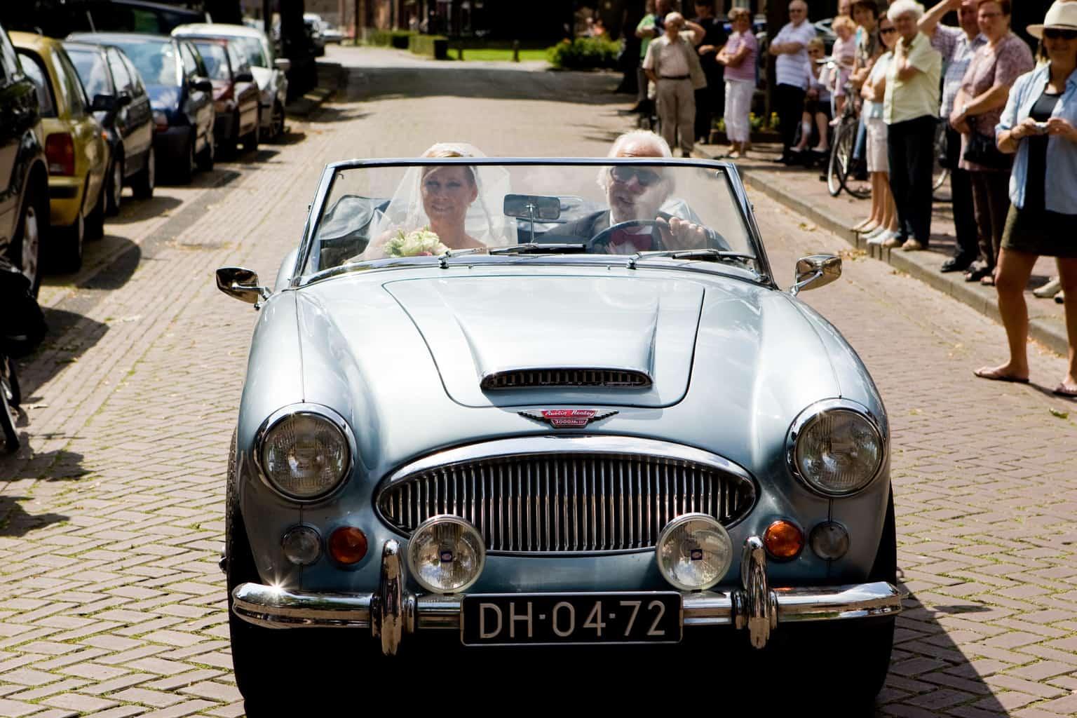 de bruid arriveert, huwelijk, wedding en planning, weddingplanner, fotocredits Reflexx Reportages
