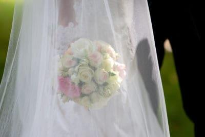 bruidsboeket, wedding en planning, Tanja Jess en Charly Luske, huwelijk regelen , wedding en planning, weddingplanner, fotocredits Reflexx Reportages