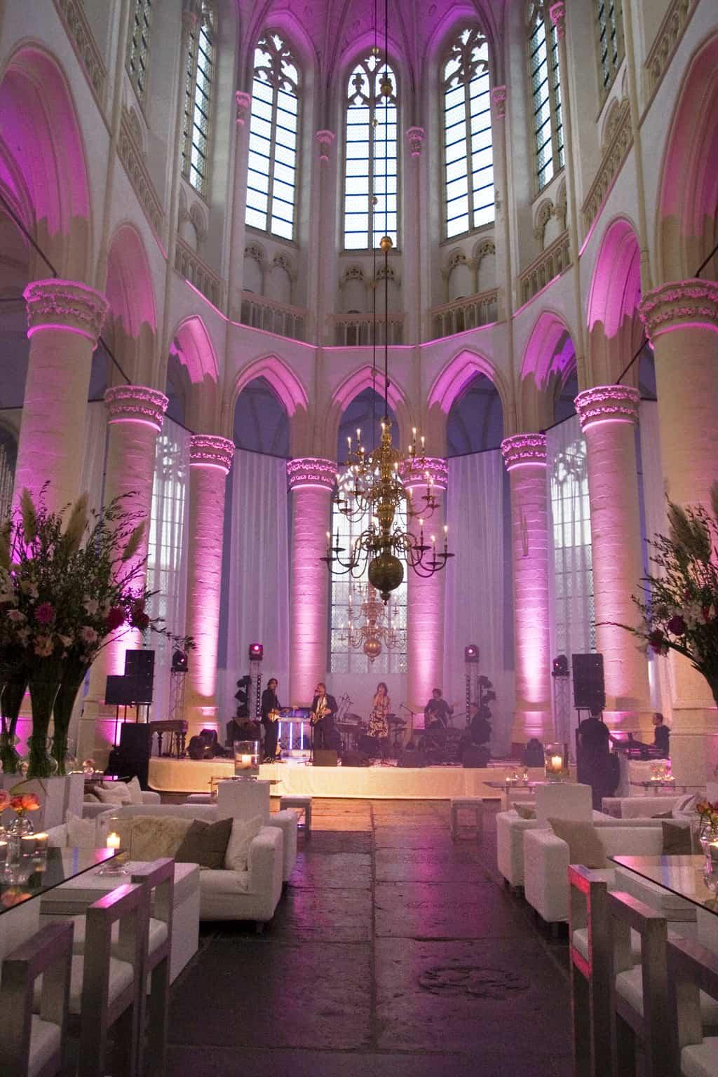 Huwelijksfeest in de Hooglandse kerk te Leiden, wedding en planning, Weddingplanner, fotocredits Sjouke Dijkstra