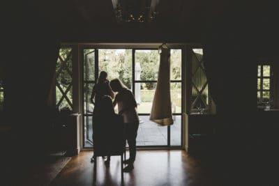 Bride in the visagie,wedding en planning, weddingplanner, foto Laura Mölleman