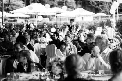 Toost for the bride and groom , toosten , huwelijksdiner, weddingplanner, bruiloft regelen, wedding en planning, fotocredits Laura Möllemann