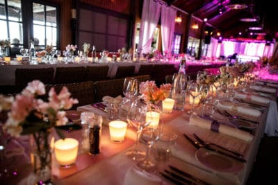 Huwelijksdiner in het Badhuys op Vlieland, Huwelijk Caroline Tensen en Ernst-Jan Smids, Evert Doorn Fotografie, Wedding en Planning, weddingplanner