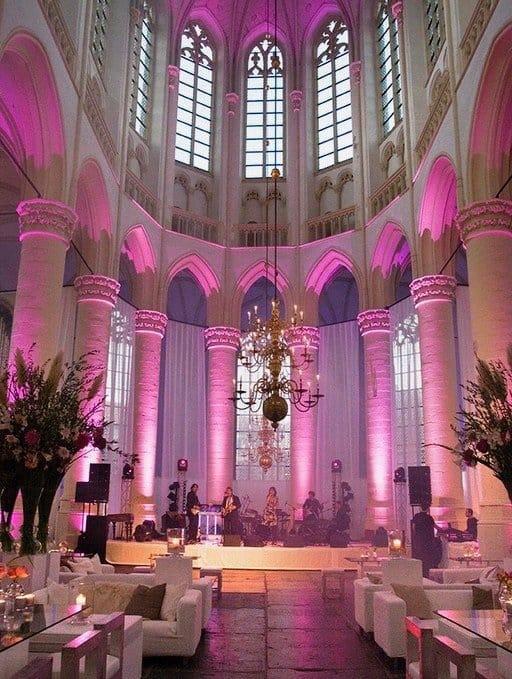 Huwelijksfeest in een kerk, Wedding en Planning, Weddingplanner, fotocredits Sjouke Dijkstra