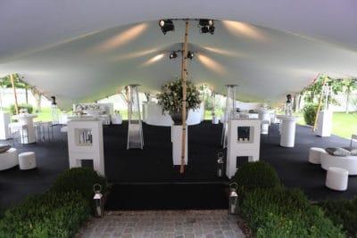 Ontvangst van de gasten ,Bubbels op je huwelijk,Proost op je huwelijk,Suites van Kasteel de Hoogenweerth,Loungen op je huwelijk,wedding en planning, weddingplanner