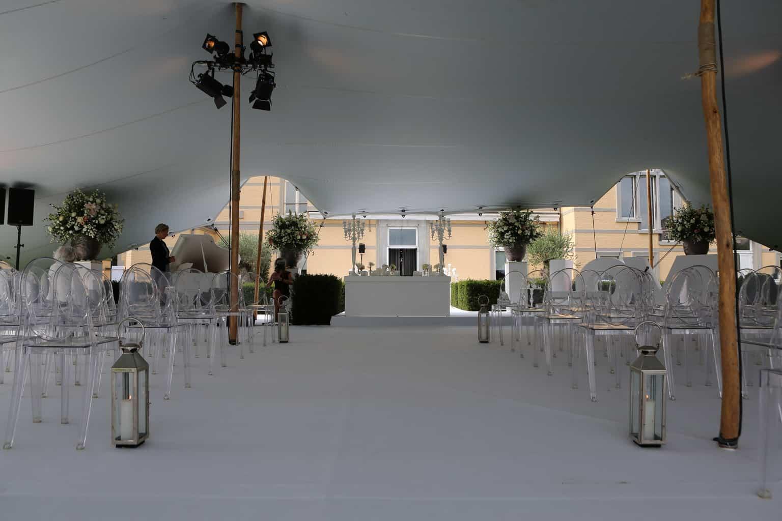 ceremonie op Kasteel de Hoogenweerth, huwelijksdag, trouwen, bruiloft regelen, wedding en planning, weddingplanner