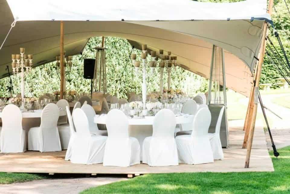 Huwelijksdiner in een tent,wedding en planning, weddingplanner, foto Pander en Pander