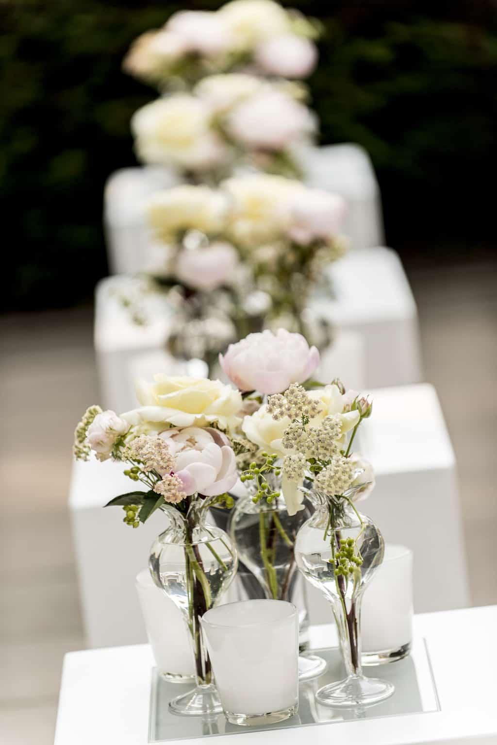Bloemstyling Koolhaas Concepts, Buiten trouwen, wedding en planning, weddingplanner, foto Pander en Pander