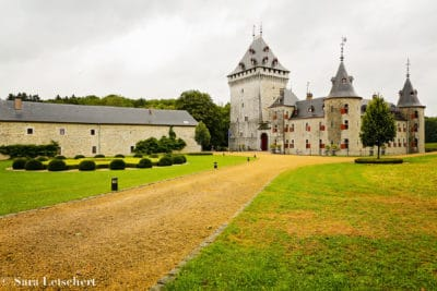 wedding en planning , weddingplanner, trouwen in het buitenland, chateau Jemeppe,Fine Art Photography By Sara Letschert